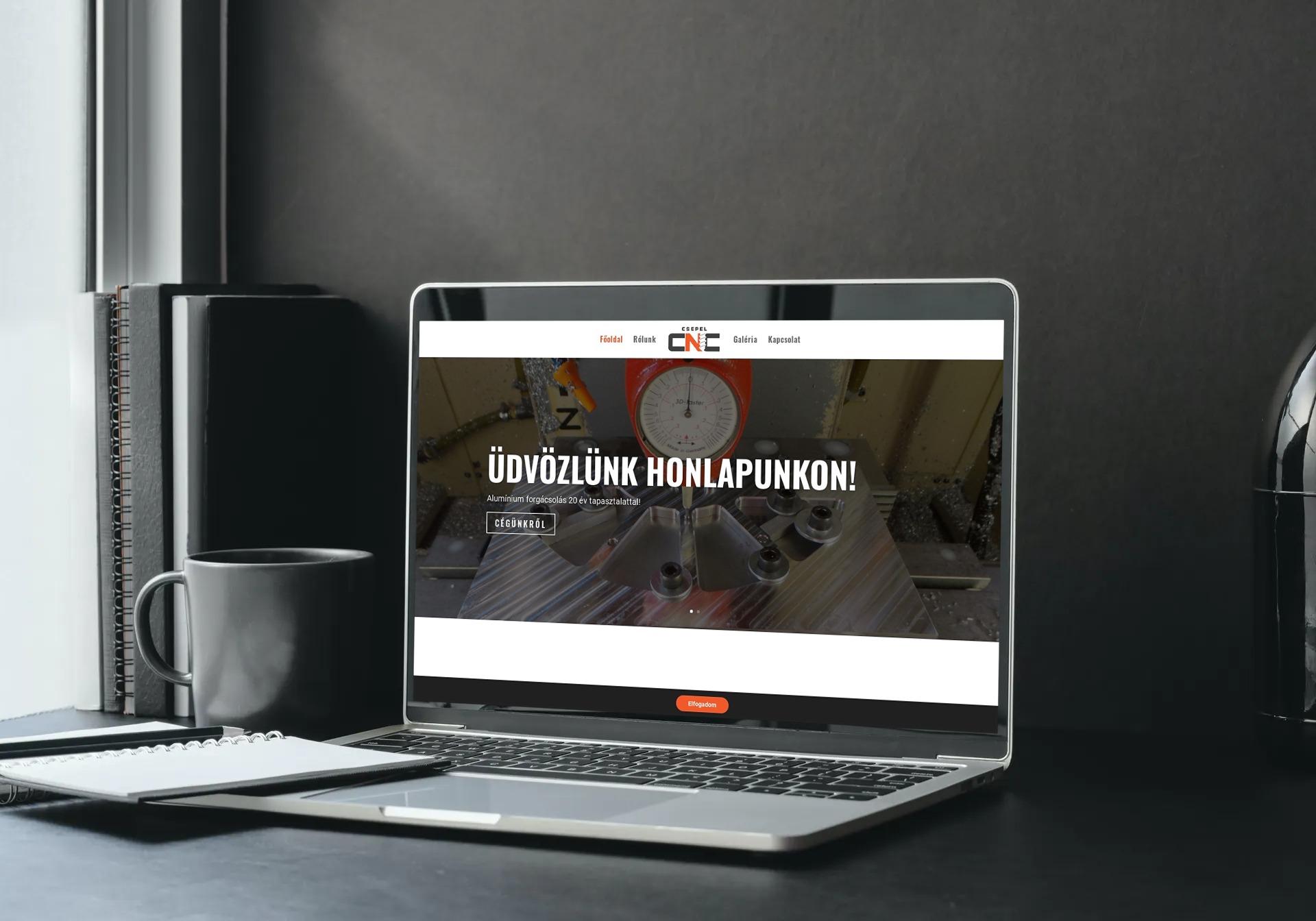 csepelcnc.hu weboldal megjelenése notebookon